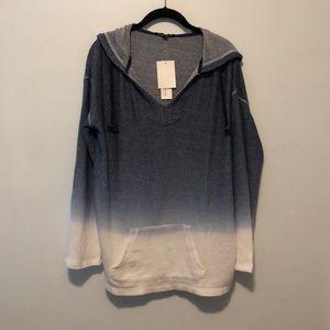 NWT {Ocean Drive} Blue Dip Dye Hooded Sweatshirt L
